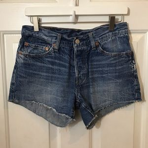 Levi's | 501 Button Fly Cut Off Shorts